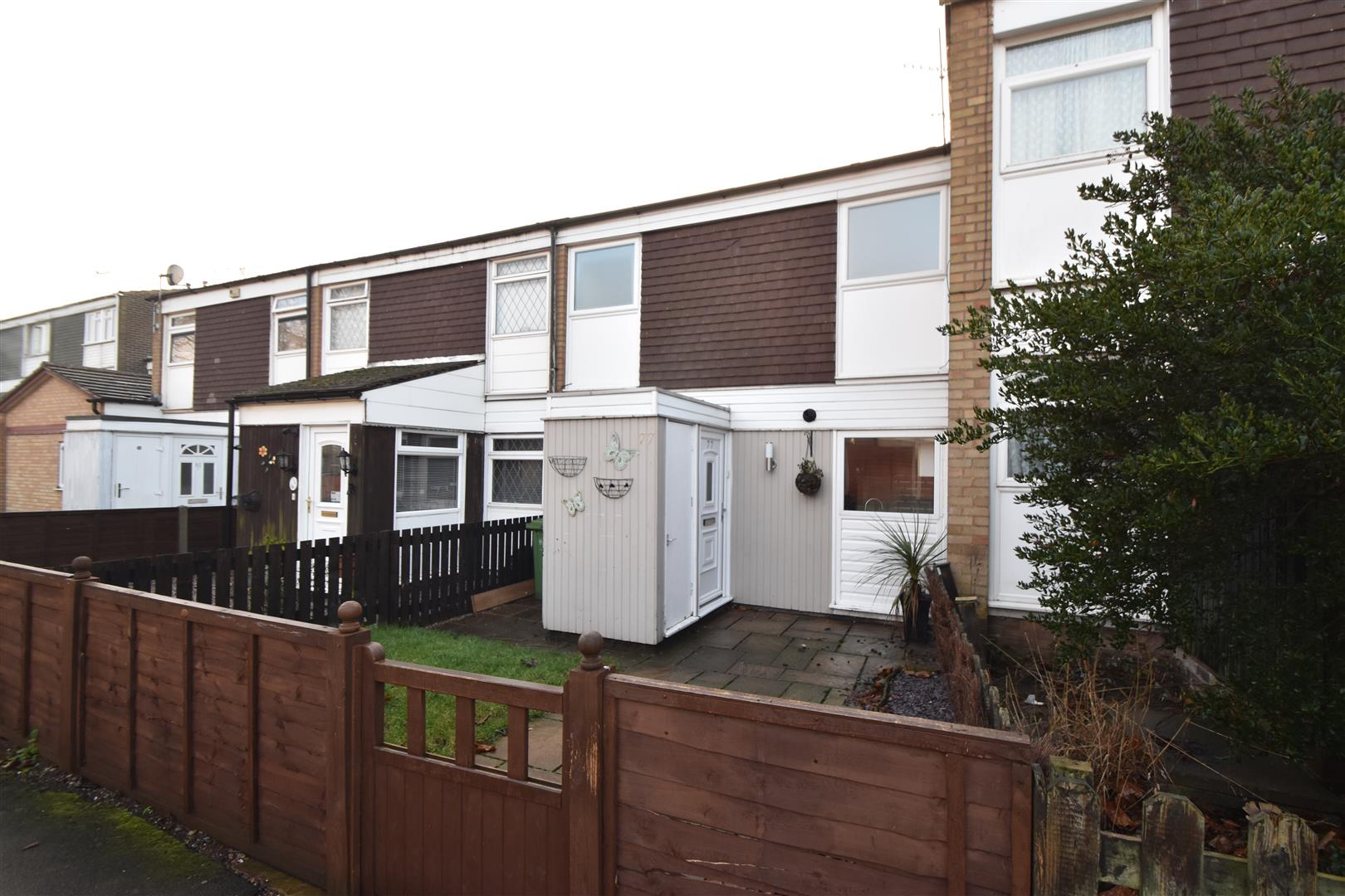 3 Bedrooms Terraced House for sale in Thatchers Court, Droitwich Spa